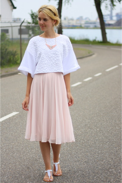 Light Pink H&M Skirt - How to Wear and Where to Buy | Chictopia