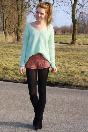 light blue knitted H&amp;M sweater - coral lace Forever21 shorts