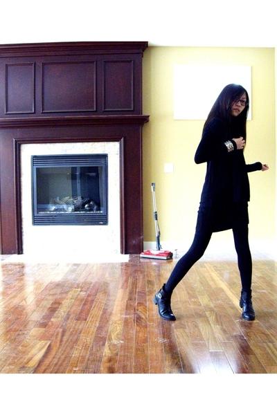 Yesstyle dress - giordano dress - H&M scarf - etienne aigner boots - Ebay
