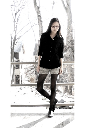 black Forever 21 shirt - beige volcom shorts - black tights - black Aldo shoes