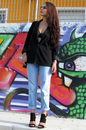 black Zara blazer - light blue vintage jeans - forest green Ray Ban sunglasses