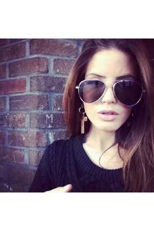 drop pendant Aldo earrings - chunky knit Zara sweater - aviator Mango sunglasses