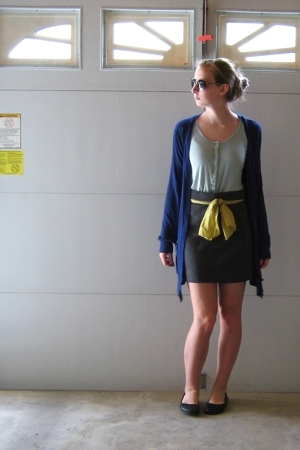 forever 21 sweater - vintage belt - Urban Outfitters shirt - H&M skirt