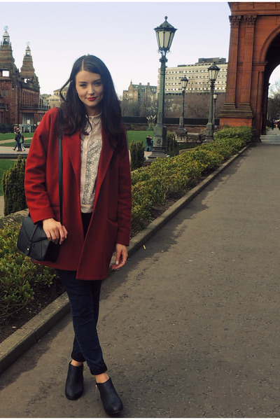 black new look boots - ruby red River Island coat - navy Primark jeans