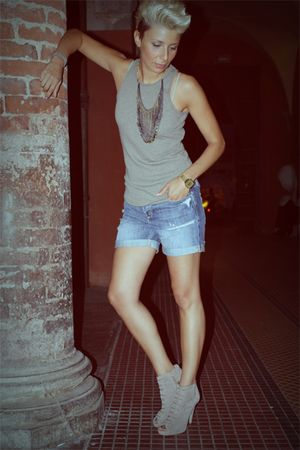 silver Almeria top - silver asos shoes - blue abercrombie and fitch shorts - gol