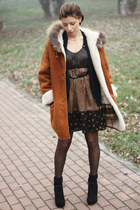 burnt orange vintage coat - bronze Rinascimento dress - black asos wedges