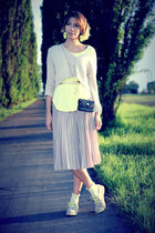 yellow H&M shoes - gray Herve Guyel bag - beige asos skirt - yellow twelve-t top