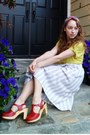 Floral-print-vintage-scarf-beige-striped-thrifted-vintage-skirt-chartreuse-t