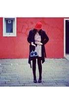 Seeberger hat - roberta di camerino bag - Battistuta seregno heels
