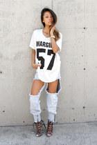 white margiela THP Shop t-shirt - light blue anya jeans THP Shop jeans