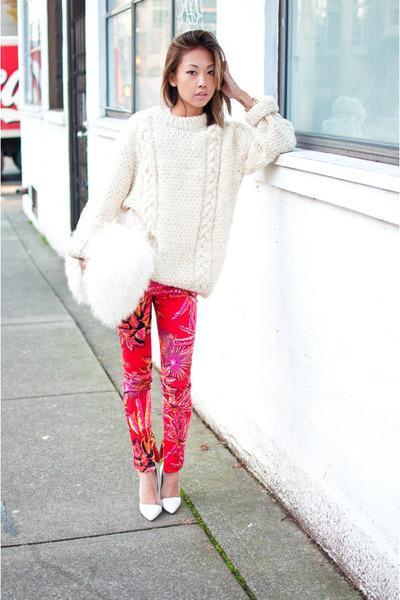 off white vintage sweater - white fur clutch purse