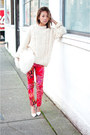 Off-white-vintage-sweater-white-fur-clutch-purse