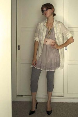 gold vintage necklace - purple Urban Outfitters dress - gray ann taylor leggings