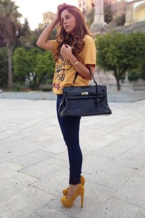 Primark t-shirt - pull&bear jeans - vintage bag - Primark heels