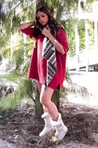 like uggs BLANCO boots - oversized Zara sweater - vintage scarf - vintage watch