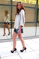 Zara sweater - Zara bag - Zara shorts - B ershka heels - vintage watch