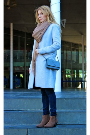 brown Forever 21 boots - silver Stradivarius coat - navy Mango jeans