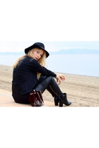 black H&M boots - black H&M hat - crimson Zara purse - black Zara pants