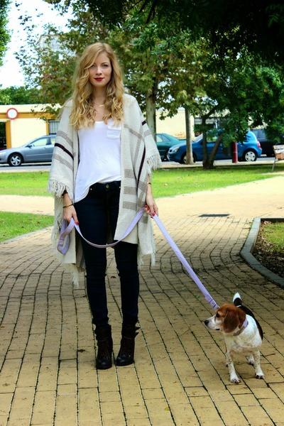 beige Passion cape - dark brown DSW boots - navy Mango jeans