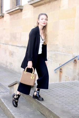 black Sheinside boots - black Stradivarius blazer - tan dior purse