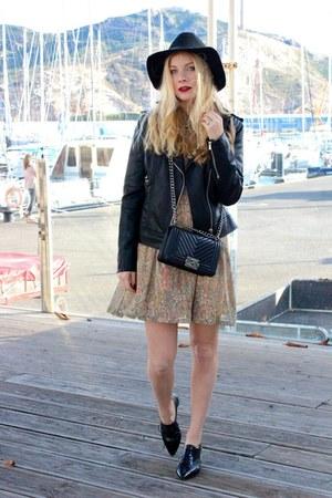 black Esarsi shoes - tan asos dress - black H&M hat - black Mango jacket