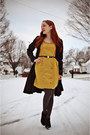 Black-vintage-belt-mustard-modcloth-dress-charcoal-gray-walgreens-tights