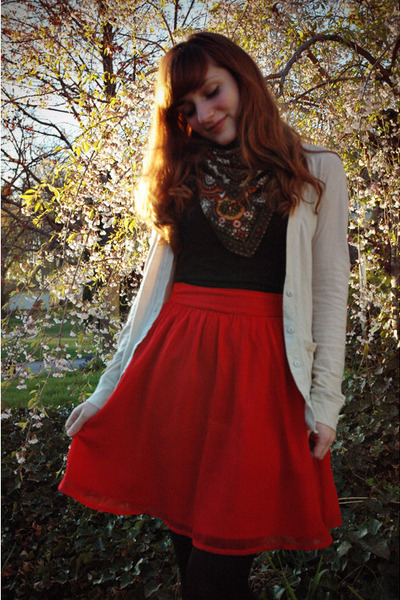 ruby red Francescas Collections skirt - tawny modcloth boots