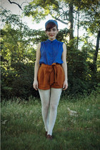 bronze Forever 21 shorts - dark brown Forever 21 shoes - white Target tights
