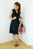 white floral bag bag - navy denim dress Sandra Darren dress - red asos heels