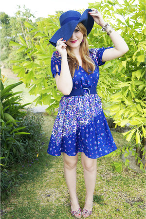 blue floral Forever 21 dress - blue beach hat hat