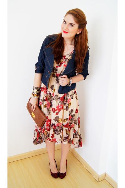 6e60dad00612 navy denim jacket Zawary jacket - off white floral dress Forever 21 dress