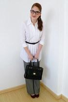 ruby red Lela Rose heels - black liz claiborne purse - heather gray pants
