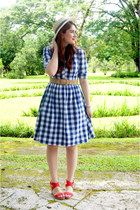 navy checkered dress Shabby Apple dress - neutral boat hat Forever 21 hat
