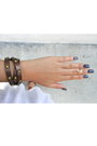 White-cotton-forever-21-top-brown-leather-chloe-isabel-bracelet