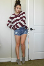 crimson stripes Forever 21 sweater - acid wash Forever 21 shorts