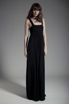 Black-oscar-london-dress