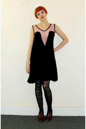 black Tofu dress