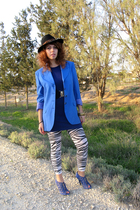 blue vintage blazer - blue Newlook dress - blue Zara shoes - black vintage hat -