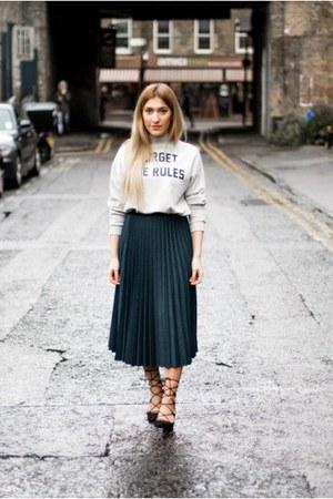 Zara skirt - pull&bear sweater - Zara heels