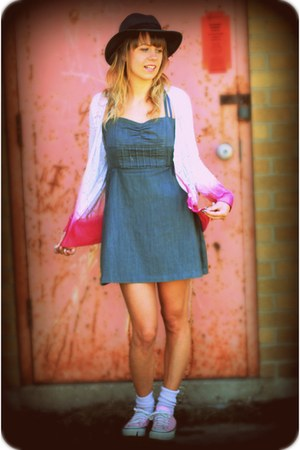 hot pink diy dip dye jeanswest cardigan - heather gray chambray rip curl dress