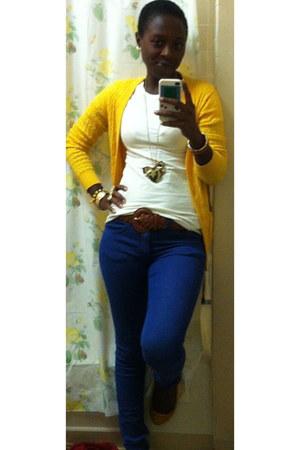 blue skinny H&M jeans - white Zara t-shirt - mustard Forever 21 cardigan