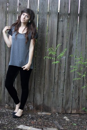 XXI leggings - Forever 21 shirt - New York and Company flats