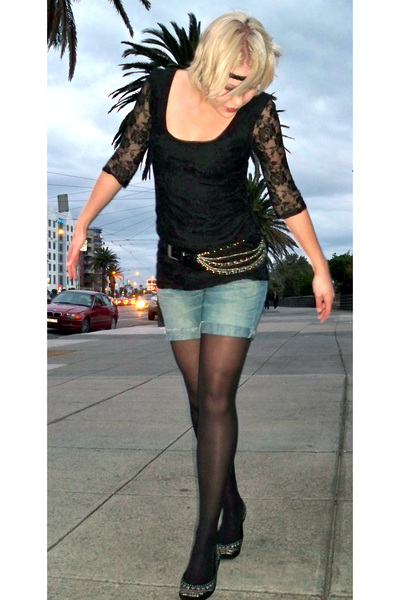 Levis shorts - H&M blouse - vintage belt