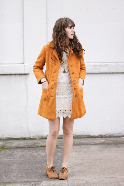 light orange vintage coat - light brown shoes - ivory dress - gold necklace