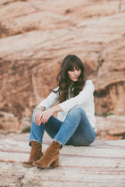 brown free people boots - sky blue Levis jeans - white Forever 21 top