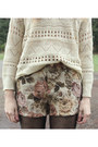 Eggshell-knitted-sweater-brown-shorts-neutral-polka-dot-top