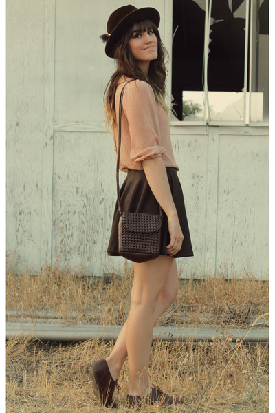 dark brown vintage Stetson hat - peach blouse - dark brown romwe skirt