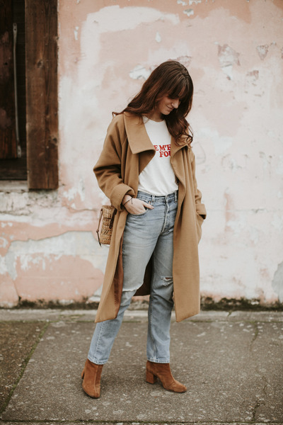 camel vintage christian dior coat - tawny free people boots