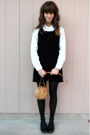navy dress - camel vintage straw purse - ivory top