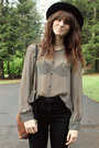 Heather-gray-striped-blouse-maroon-vintage-bag-black-high-waisted-pants
